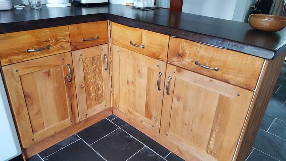 Kitchen.jpg.5f16b06f09f3c4029ec97d1125c0ccaa.jpg