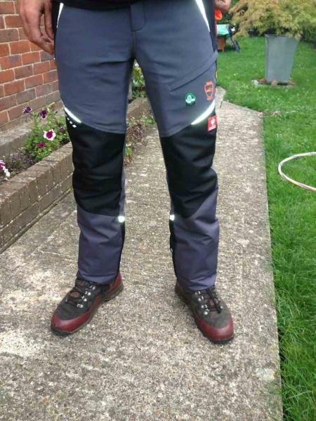 nice shoes sale retailer closer at Engelbert Strauss chainsaw trousers - ongoing review - Page ...